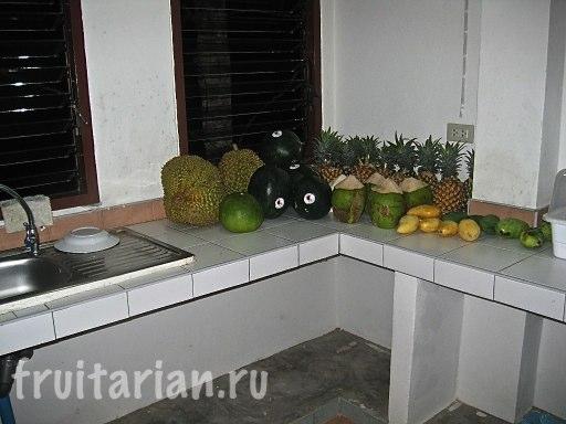 Кухня фрукторианская/сыромоноедная