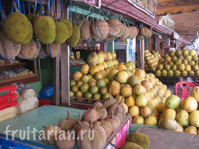 Фруктовый рынок Magsaysay в Давао