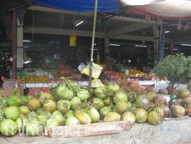 Фруктовый рынок в г. Ranau