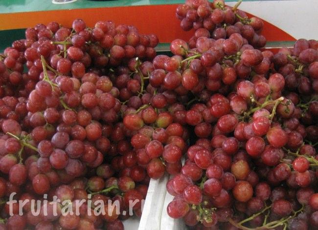 виноград Таиланд красный