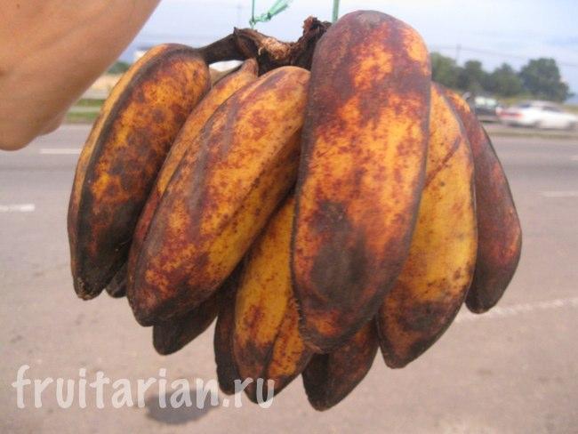 Треугольные бананы в Малайзии