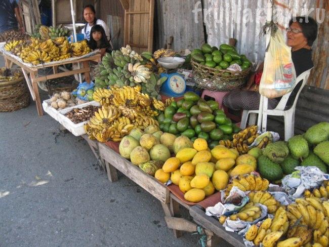 фрукты на Филиппинах