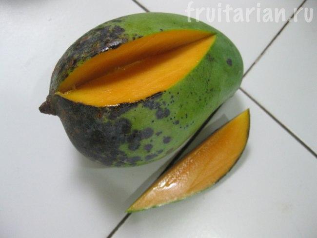 темно=зеленое манго