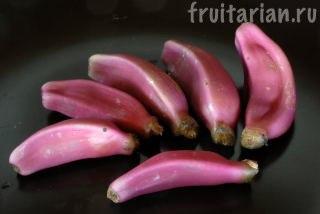 Розовые бананы