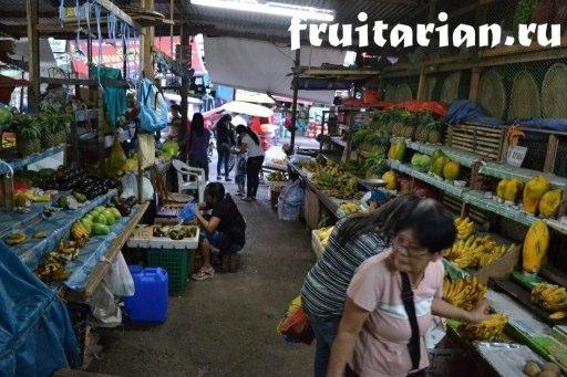 фрукты в Пуэрто Принцесе