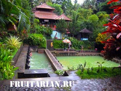 Air-panas-holy-hot-springs-in-Banjar