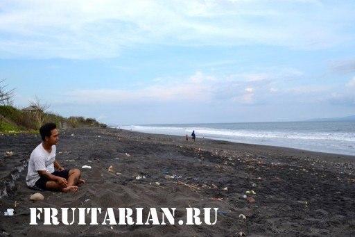 пляж возле Убуда