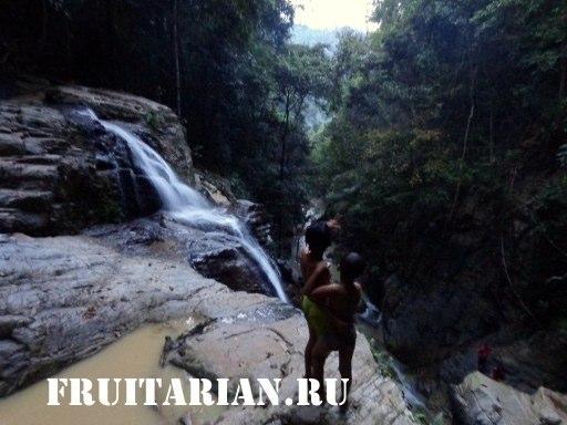 Khun-Si-Waterfall-samui2
