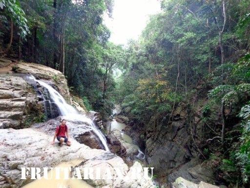 Khun-Si-Waterfall-samui4