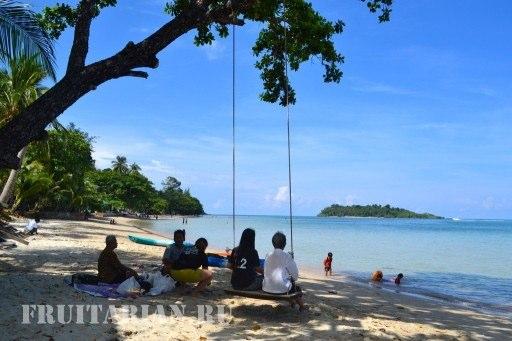 kai-bae-beach-ko-chang2