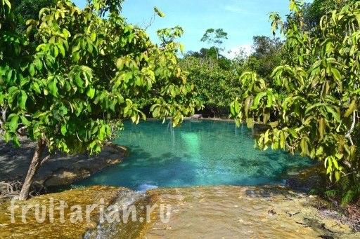 2emerald-pool