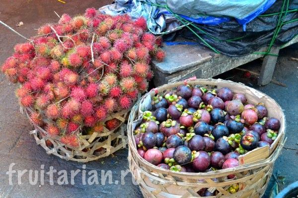 Pasar-Kebon-Roek-Ampenan-fruit-market-lombok-06